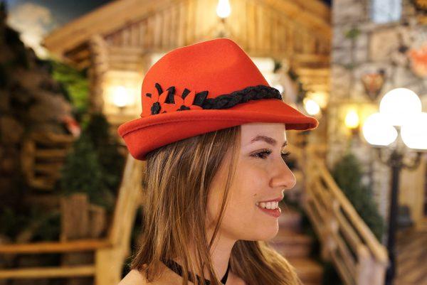 Chapéu Típico Feminino Vermelho 1 Mundo Tirolês - Artigos Típicos Austríacos e Alemães